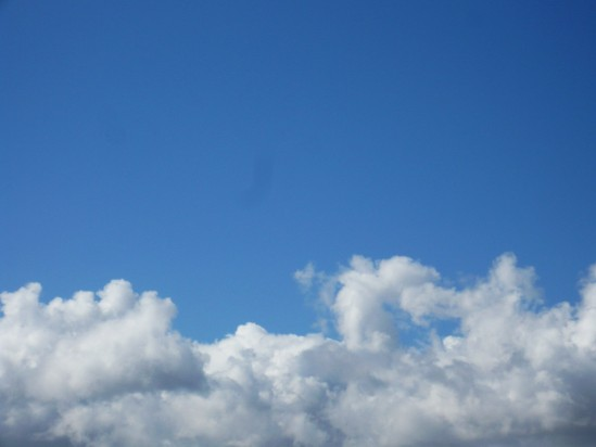 Cloudy blue sky - Public Domain Photograph