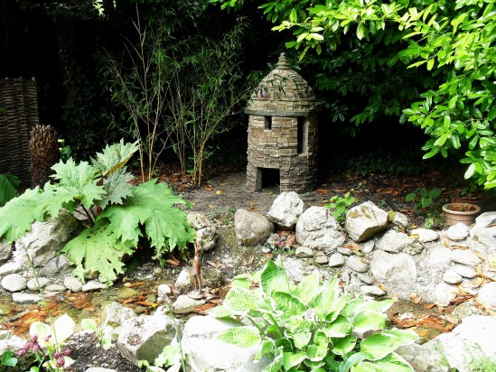Free public domain photo of ireland fairy garden public for Irish fairy garden