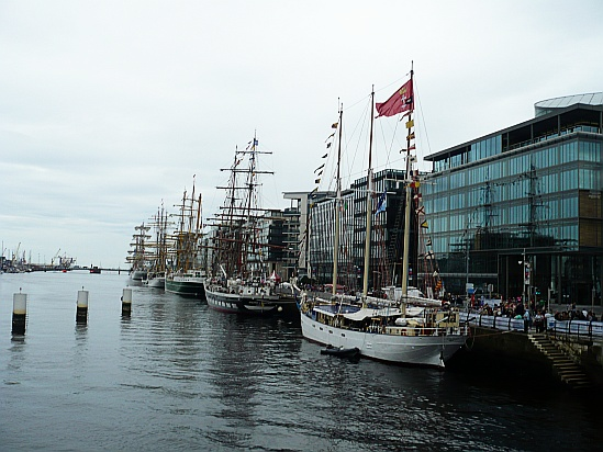 Tall ships dublin - Public Domain Photograph